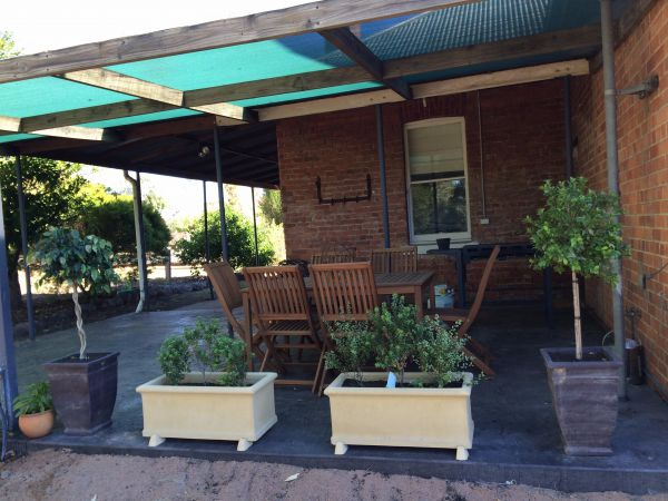 Corryong Holiday Cottages - Sportsview - Accommodation Burleigh