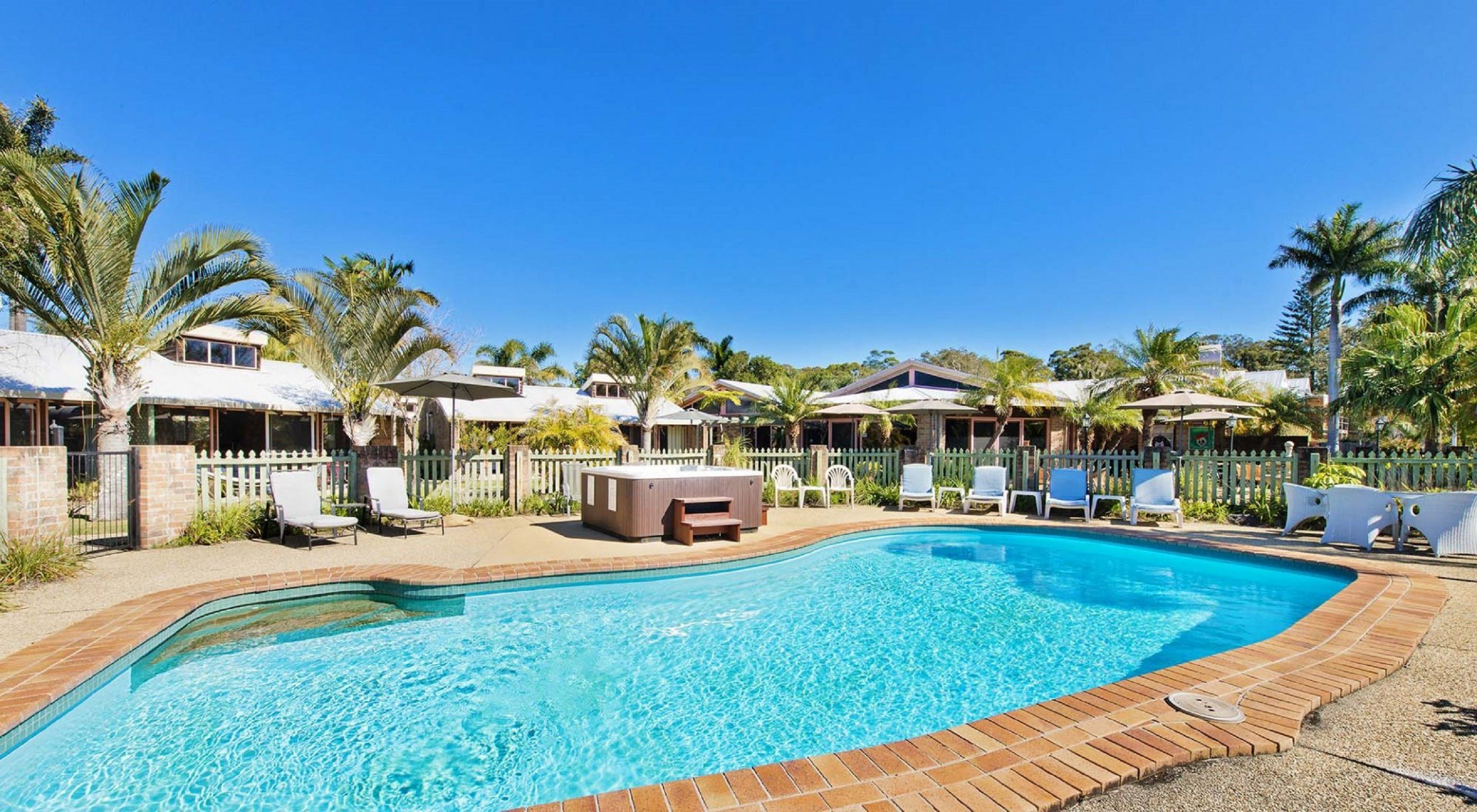 Crescent Head Resort And Conferance Centre - Accommodation Burleigh