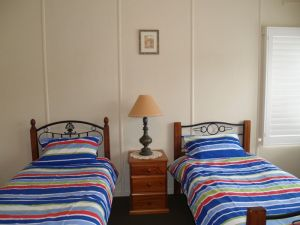 Walsh Cottage - Accommodation Burleigh