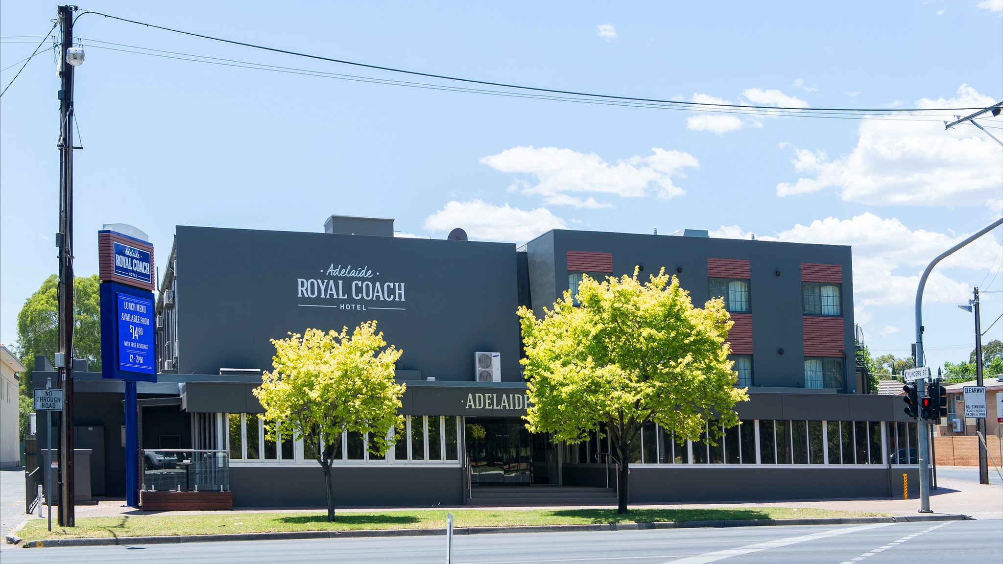 Adelaide Royal Coach - Accommodation Burleigh