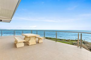 104 Gold Coast Drive Carrickalinga - Accommodation Burleigh