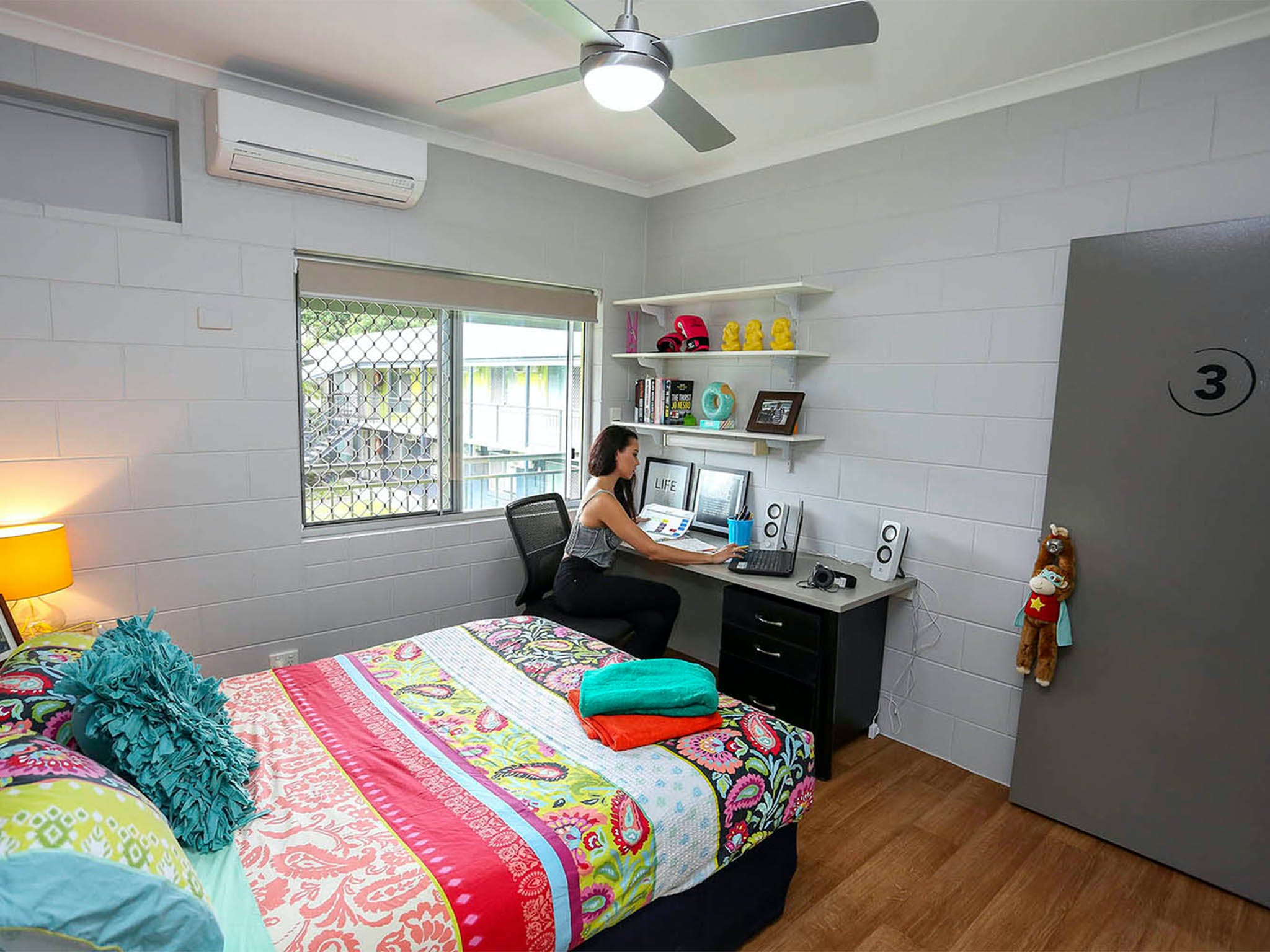 Cairns Student Lodge - Accommodation Burleigh