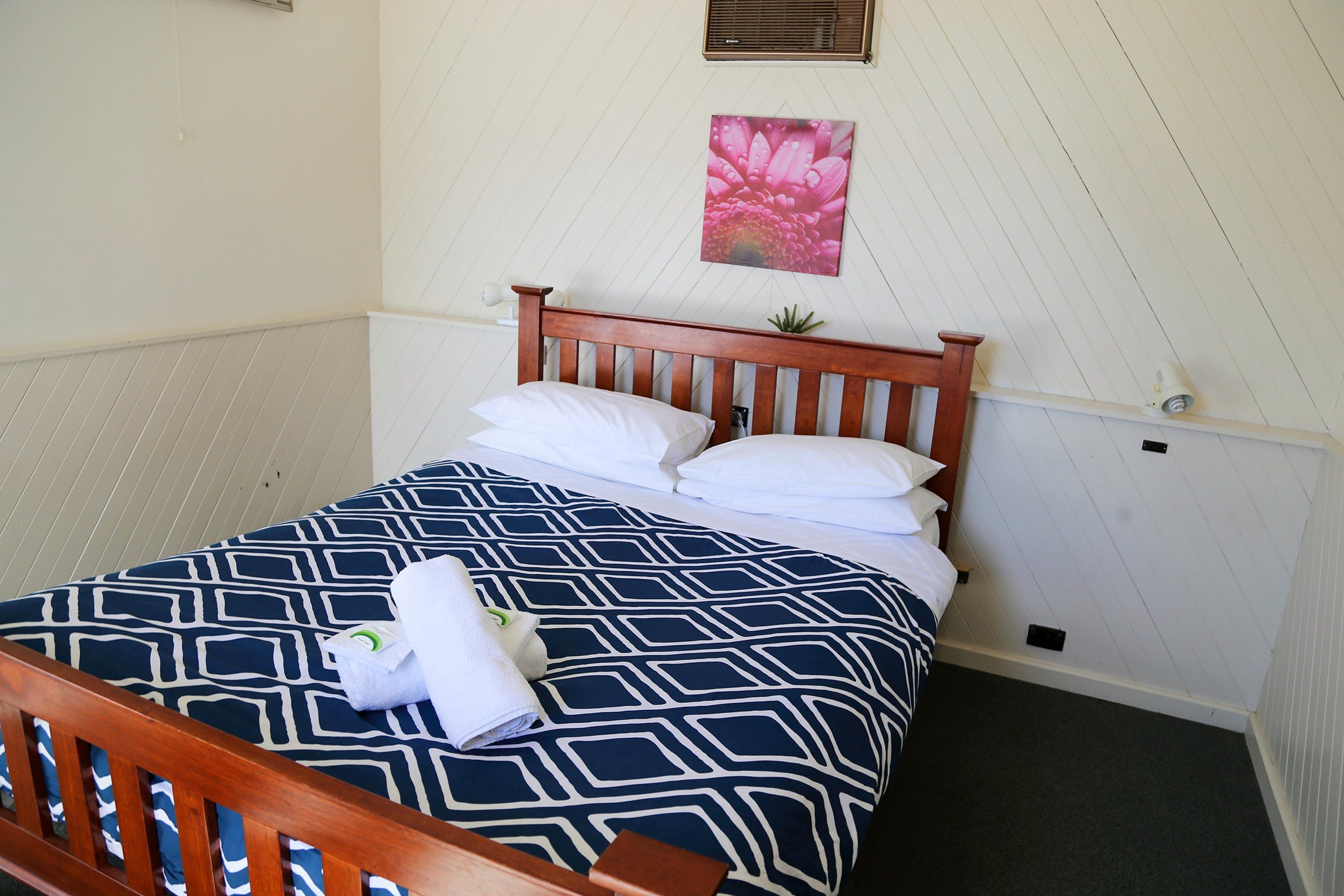 Great Western Motel - Accommodation Burleigh