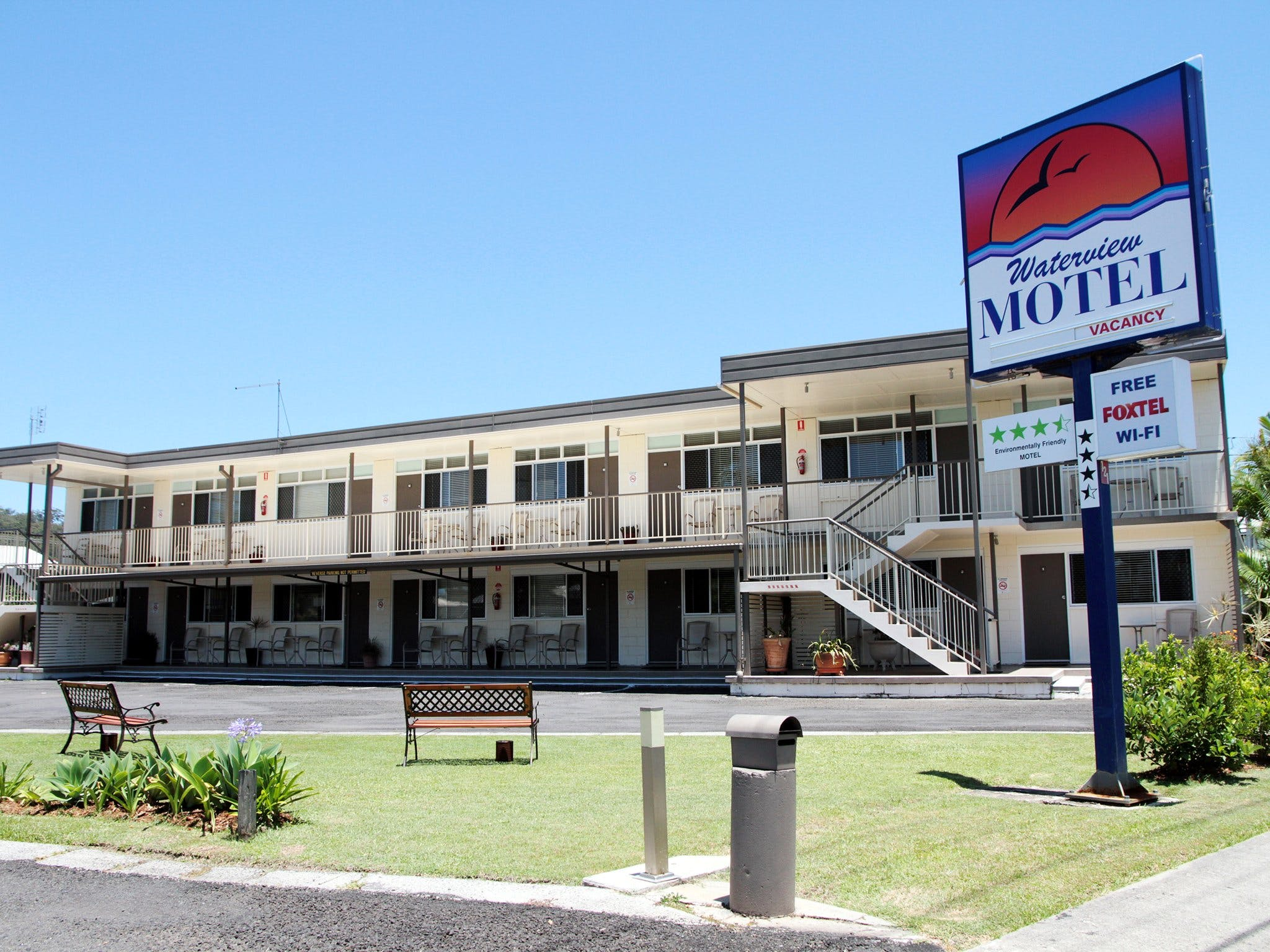 Waterview Motel - Accommodation Burleigh