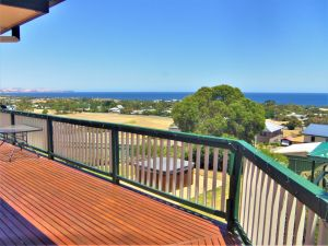 Panorama - Accommodation Burleigh