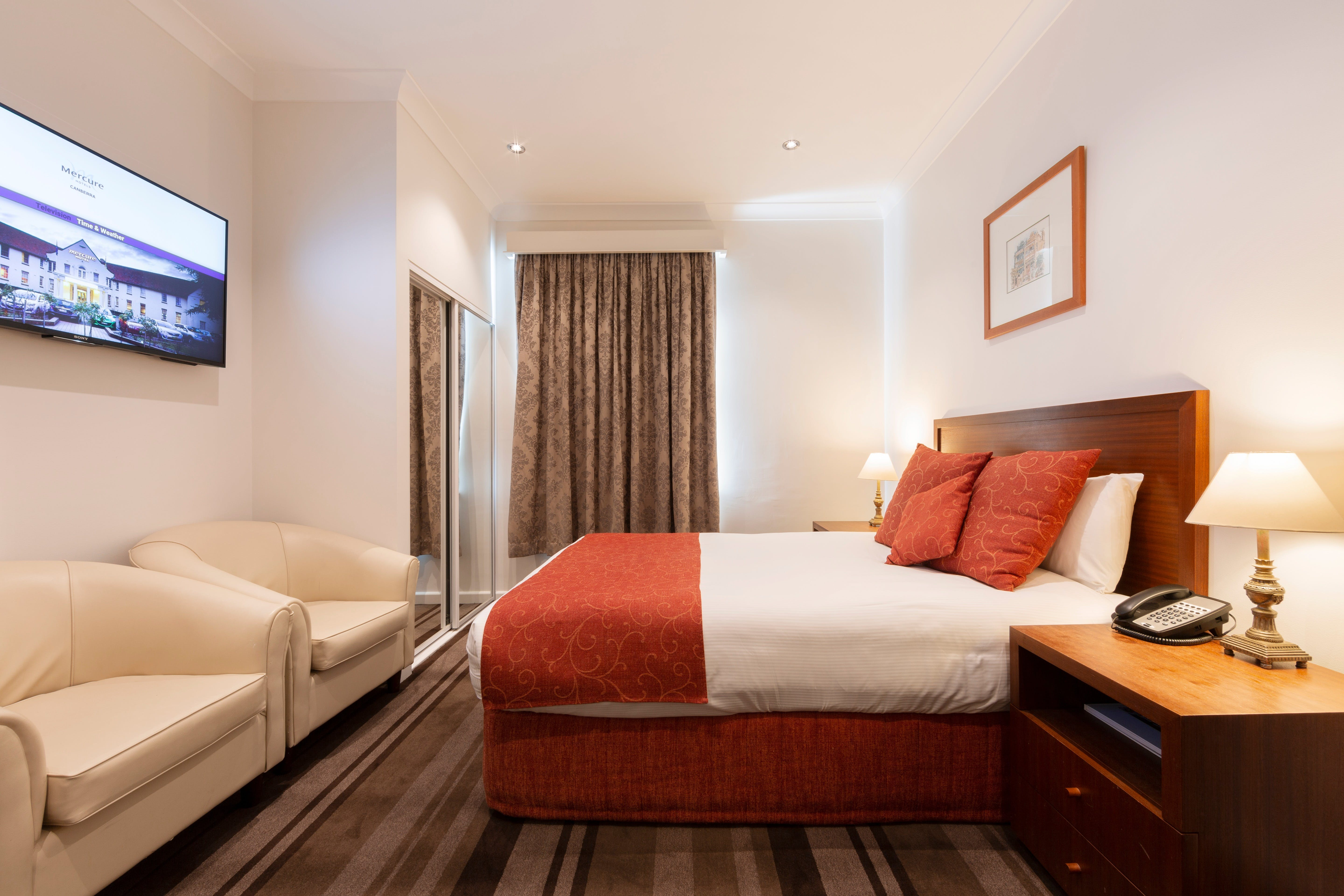 Mercure Canberra - Accommodation Burleigh