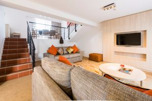 Emu Walk Apartments - Accommodation Burleigh