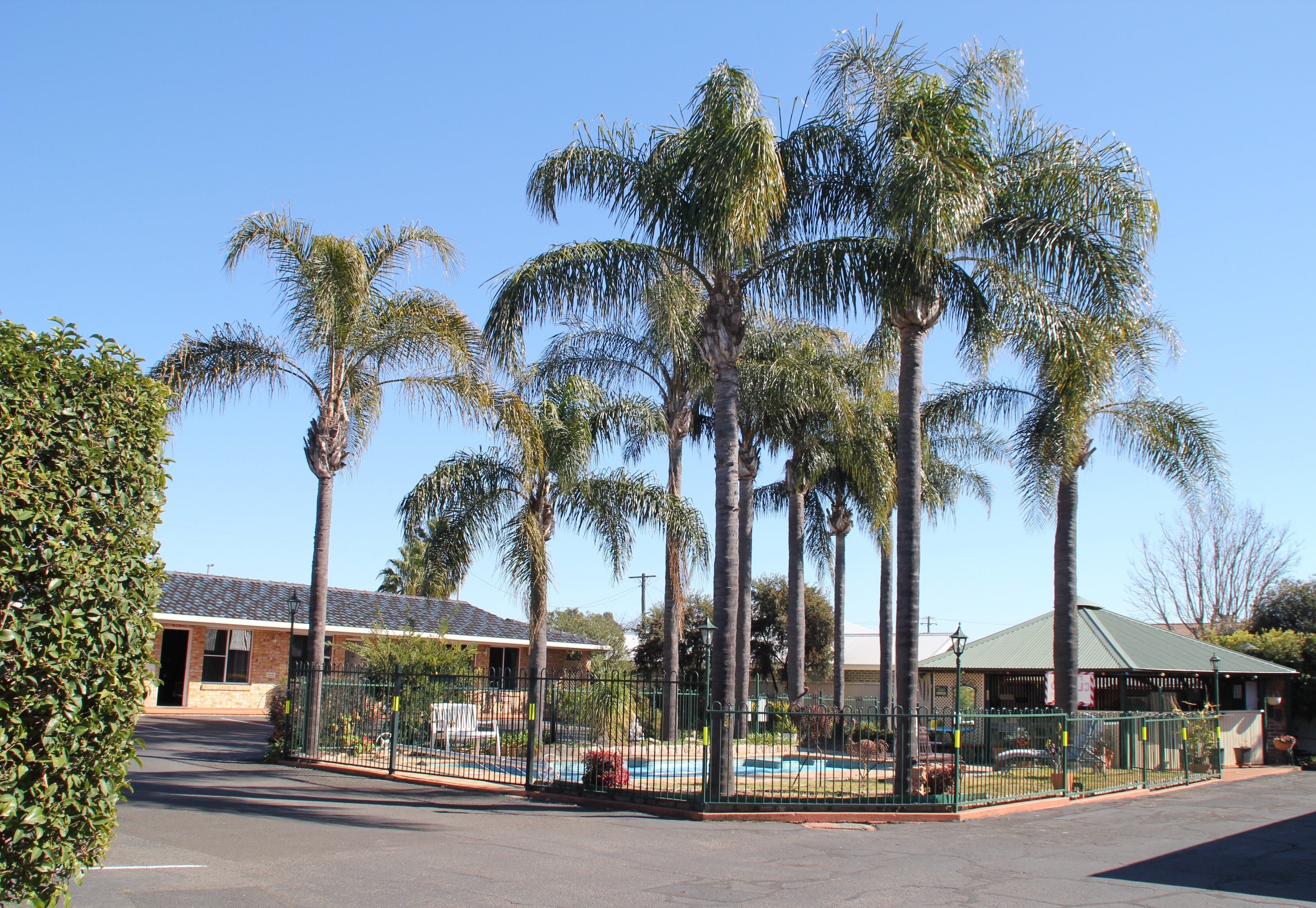 Town and Country Motor Inn - Tamworth - Accommodation Burleigh
