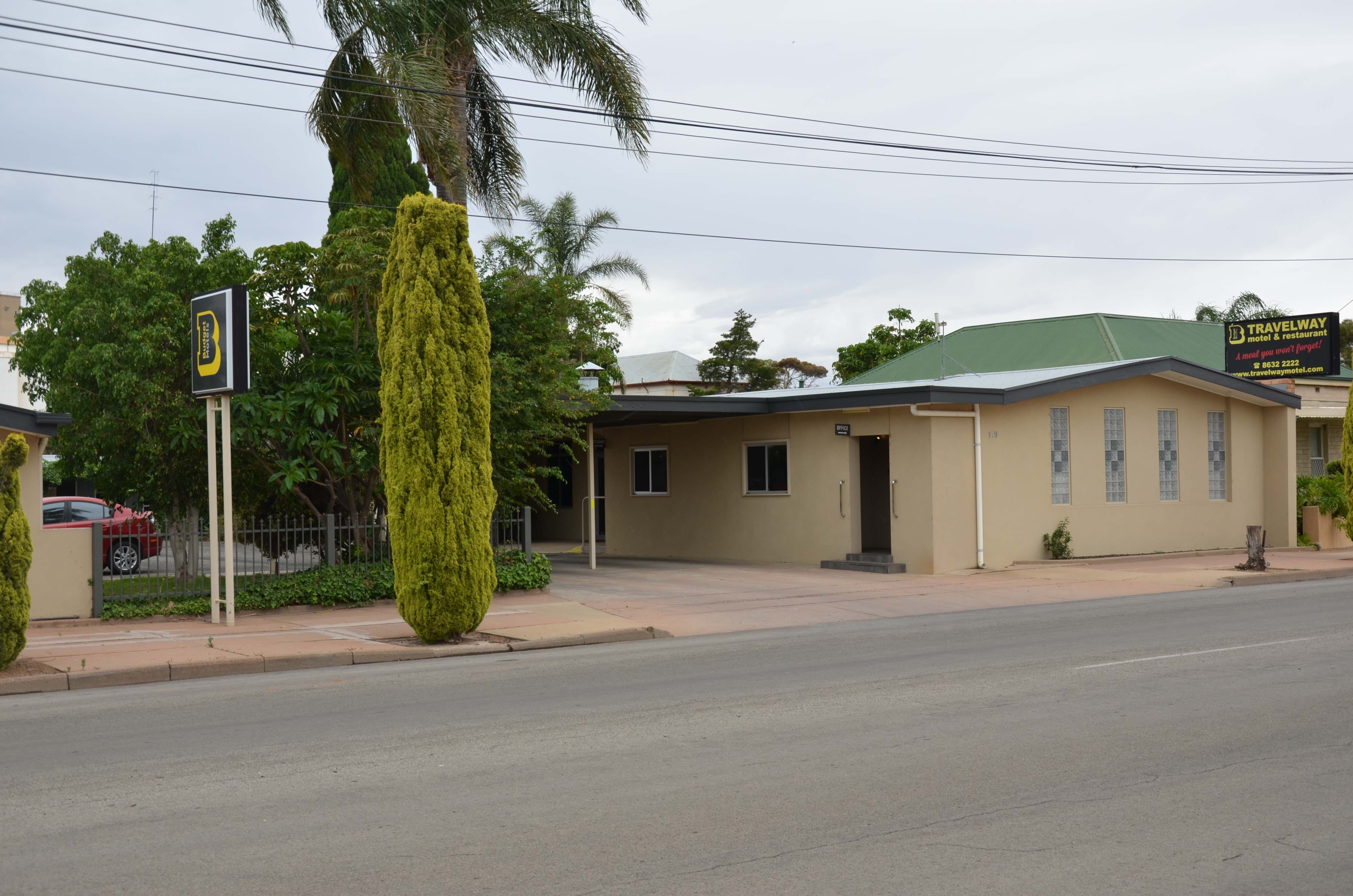 Travelway Motel - Accommodation Burleigh