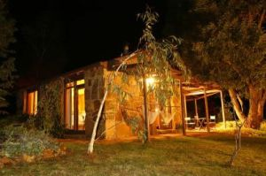 Wombat Hills Cottages - Accommodation Burleigh