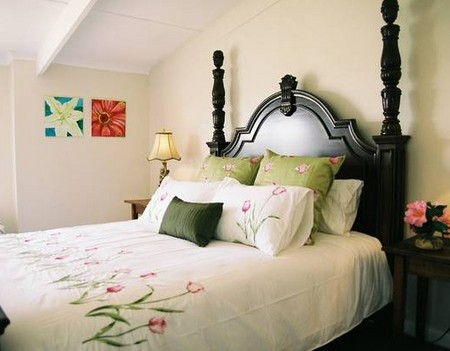Springfield Guest Cottages - Accommodation Burleigh