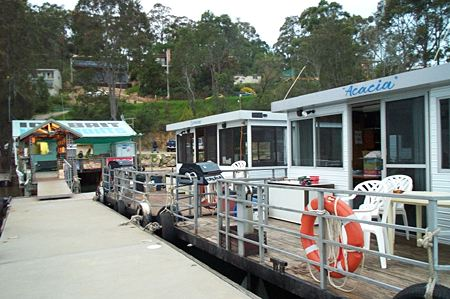 Clyde River Houseboats - Accommodation Burleigh