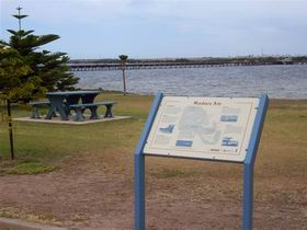 Port Broughton Historic Walking Trail - Accommodation Burleigh