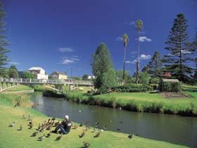 Strathalbyn Market - Accommodation Burleigh