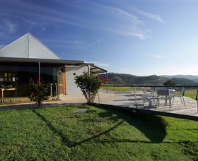 Dalwhinnie Wines - Accommodation Burleigh