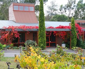 Fergusson Winery  Restaurant - Accommodation Burleigh