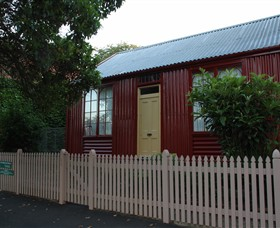 19th Century Portable Iron Houses - Accommodation Burleigh