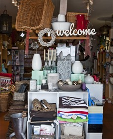 Beachouse Gifts - Accommodation Burleigh