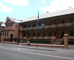 Parliament House - Accommodation Burleigh