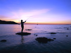 Fishing at Magnetic Island - Accommodation Burleigh