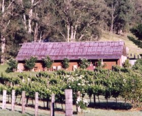 Undercliff Winery and Gallery - Accommodation Burleigh