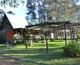 Wollombi Wines - Accommodation Burleigh