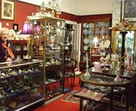 Nerilee Antiques - Accommodation Burleigh