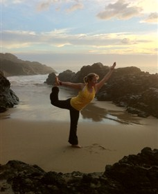 Devinely Fit Yoga and Lifestyle - Accommodation Burleigh