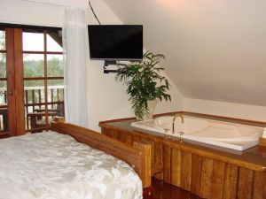 Clarence River Bed and Breakfast - Accommodation Burleigh