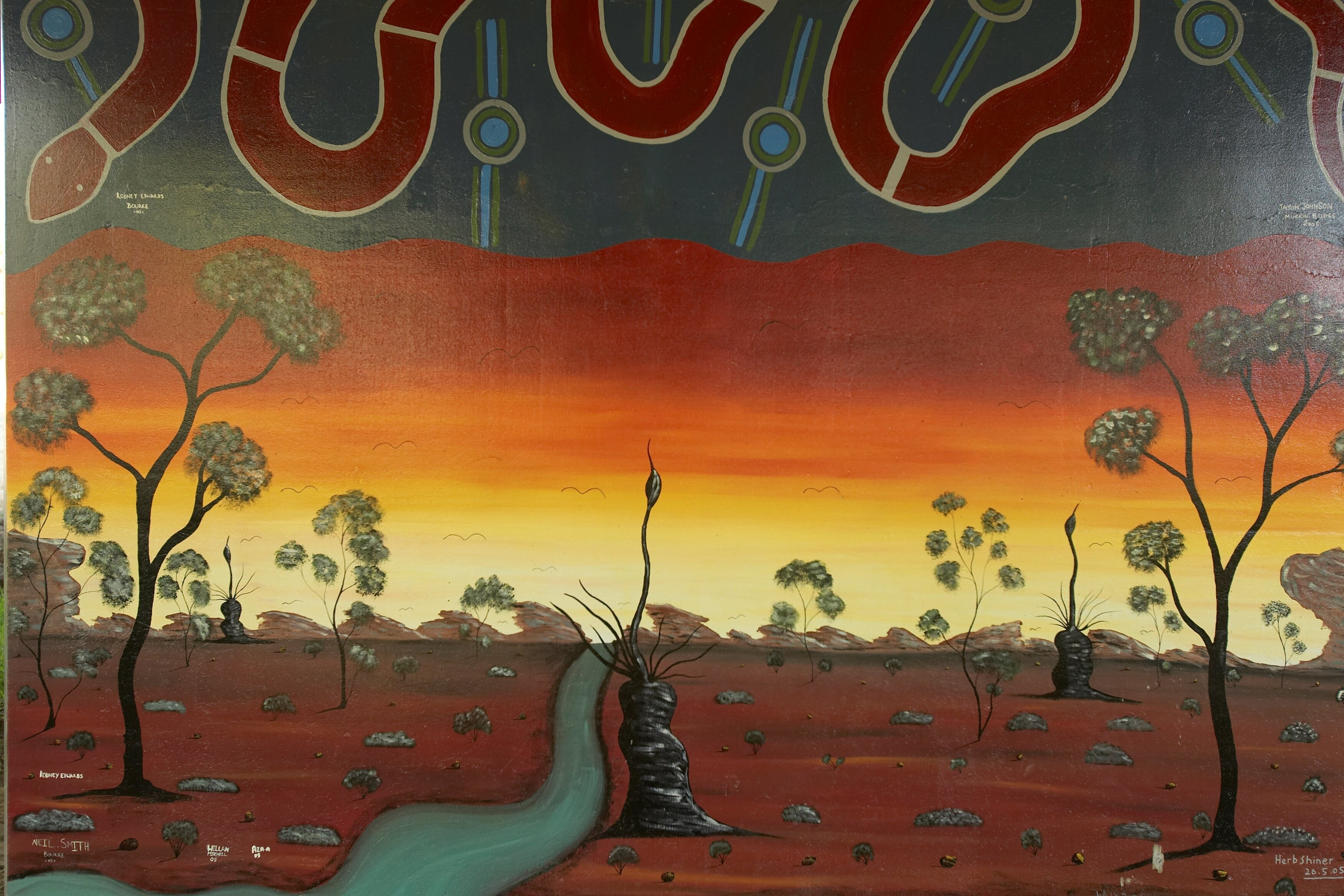 Warakirri Murals - Accommodation Burleigh