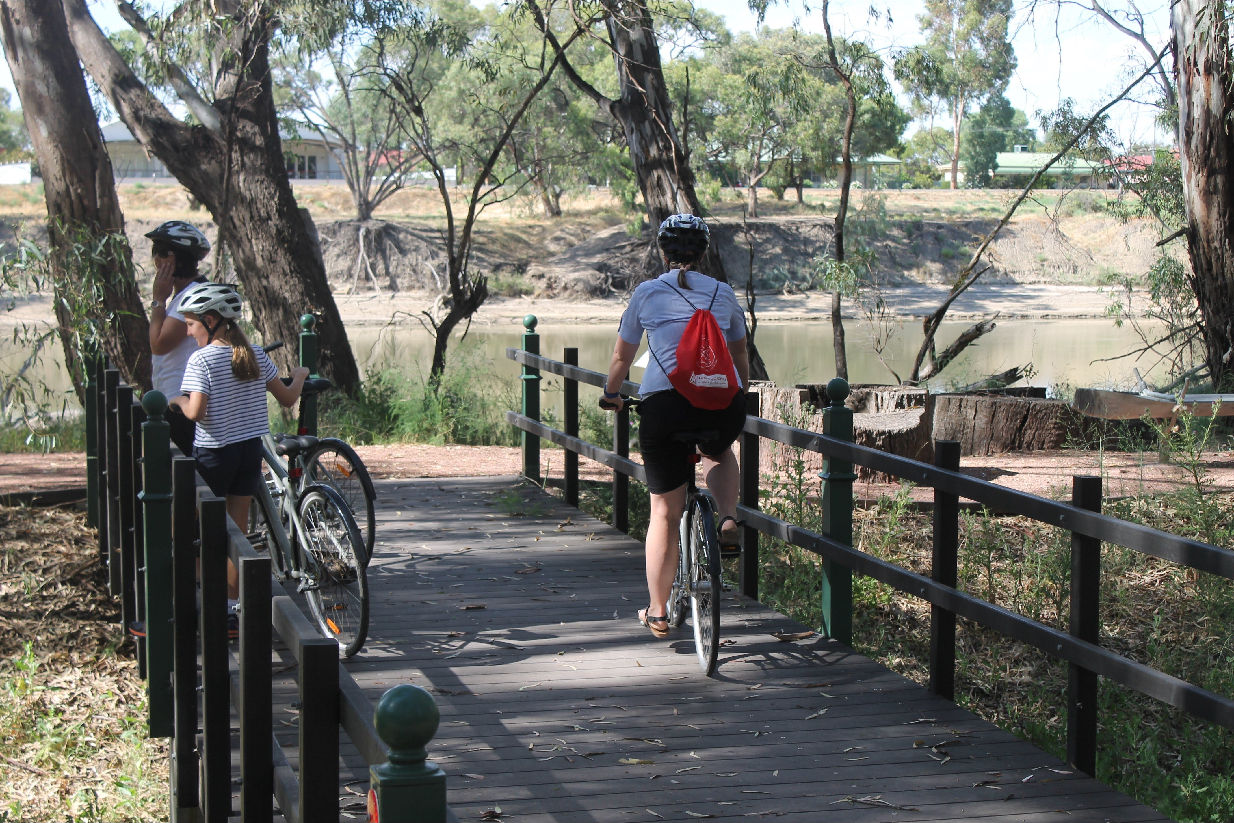 Bidgee Riverside Trail  - Hay Nature Walk - Accommodation Burleigh