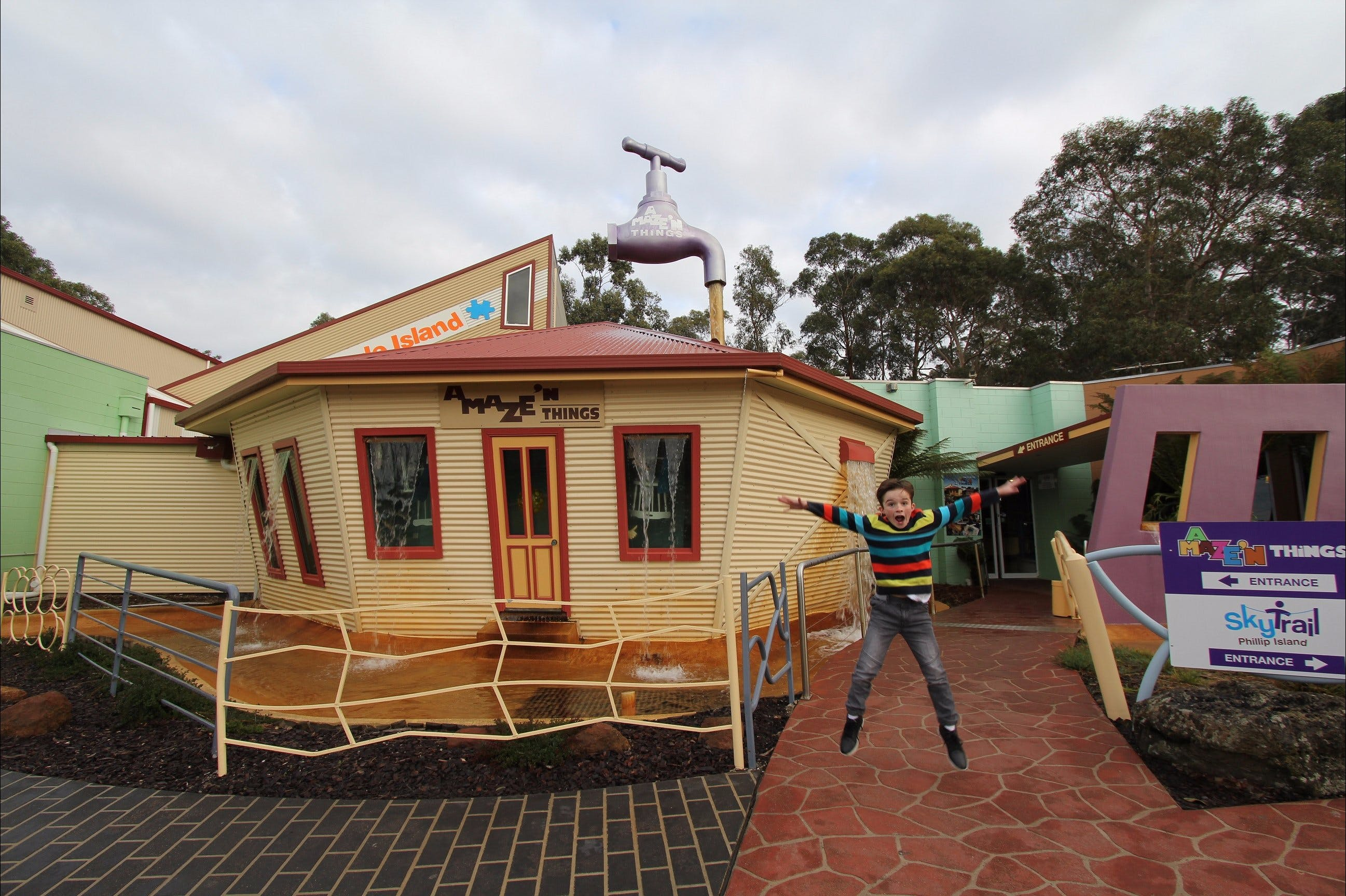 A Maze'N Things - Accommodation Burleigh
