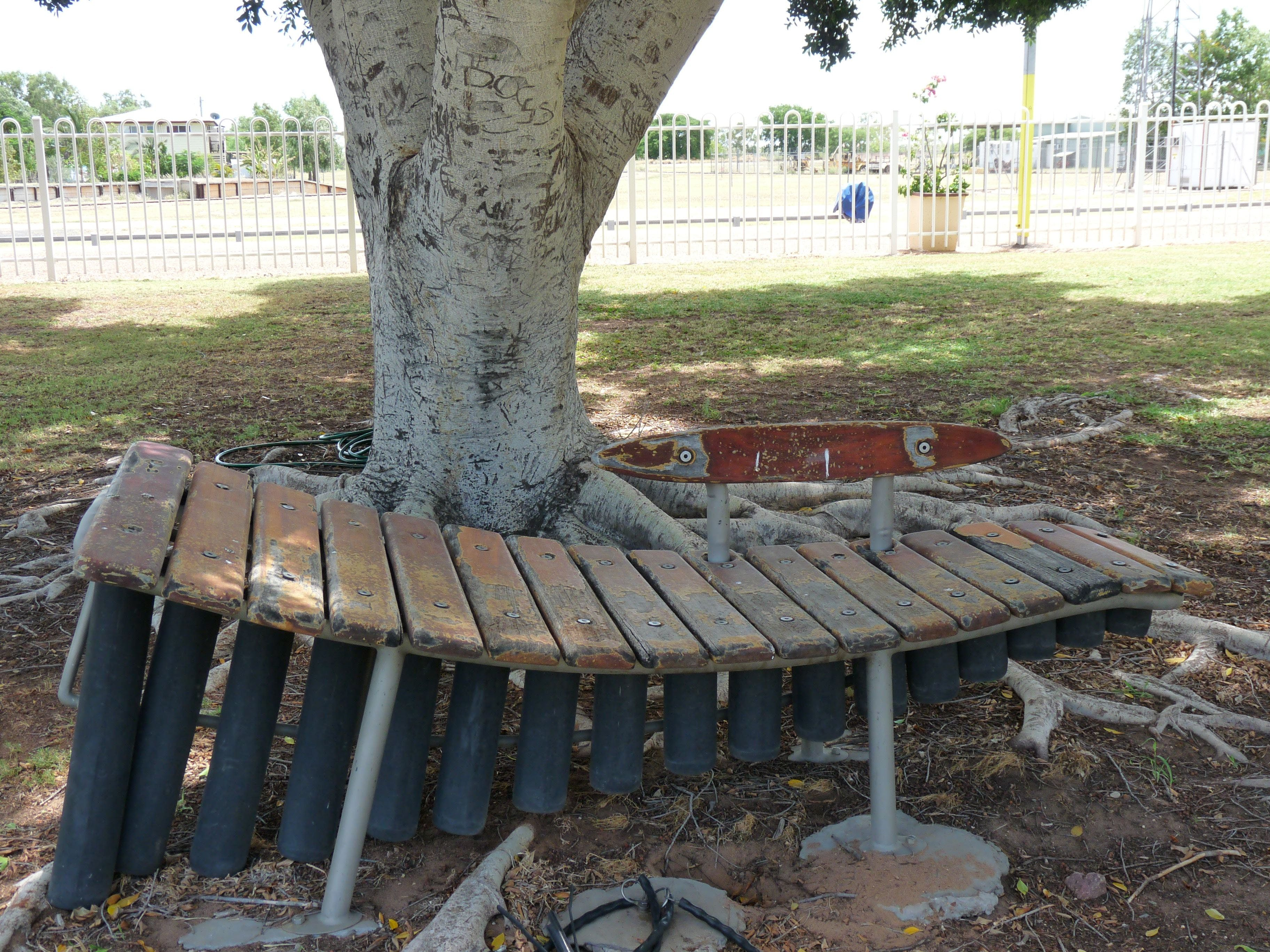 Barcaldine Musical Instruments - Accommodation Burleigh