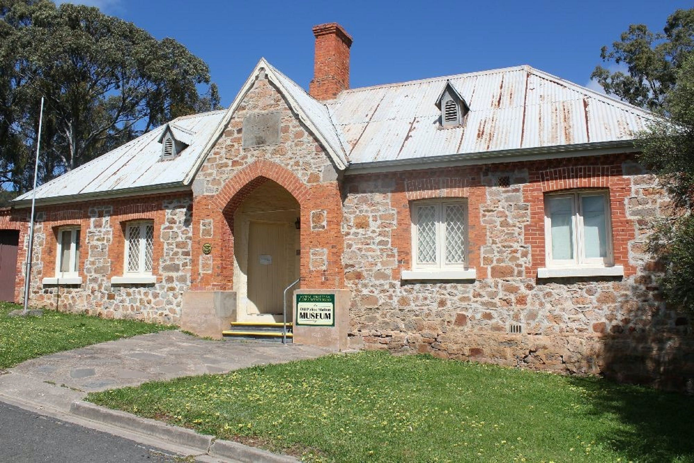 National Trust South Autralia Clare Branch Museum - Accommodation Burleigh
