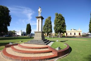 Naracoorte Town Square - Accommodation Burleigh