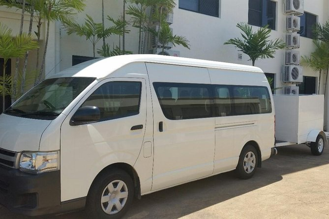 Airport Transfer to or fm Palm Cove accommodation for up to 13 people 7am-10pm - Accommodation Burleigh