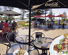 The Beach and Bush Gallery and Cafe - Accommodation Burleigh