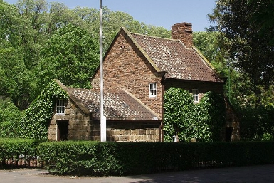 Cooks' Cottage - Accommodation Burleigh