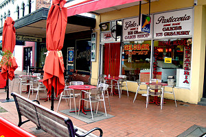 Gelobar - Accommodation Burleigh