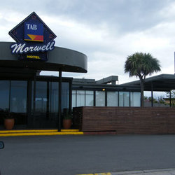 Morwell Hotel - Accommodation Burleigh