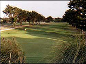 South Lakes Golf Club - Accommodation Burleigh