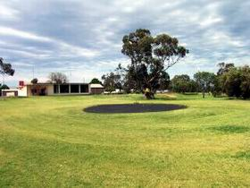 Cleve Golf Club - Accommodation Burleigh