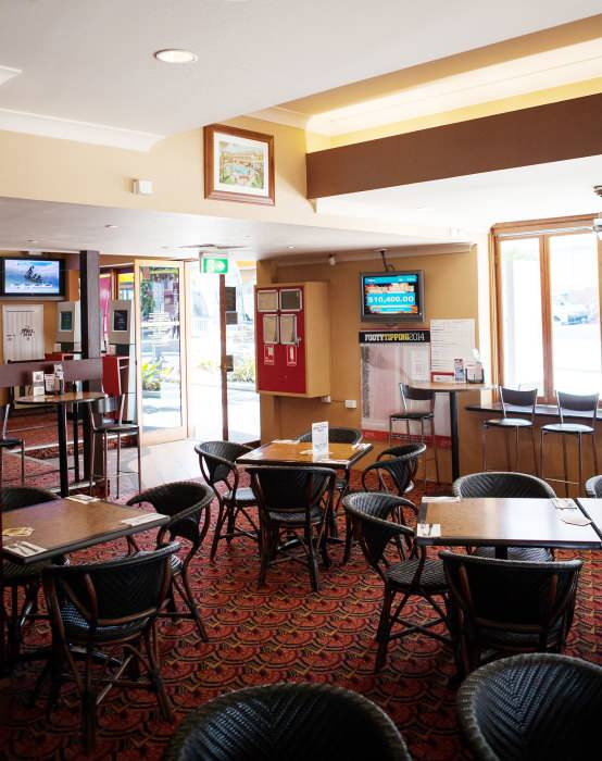 Cecil Hotel - Accommodation Burleigh
