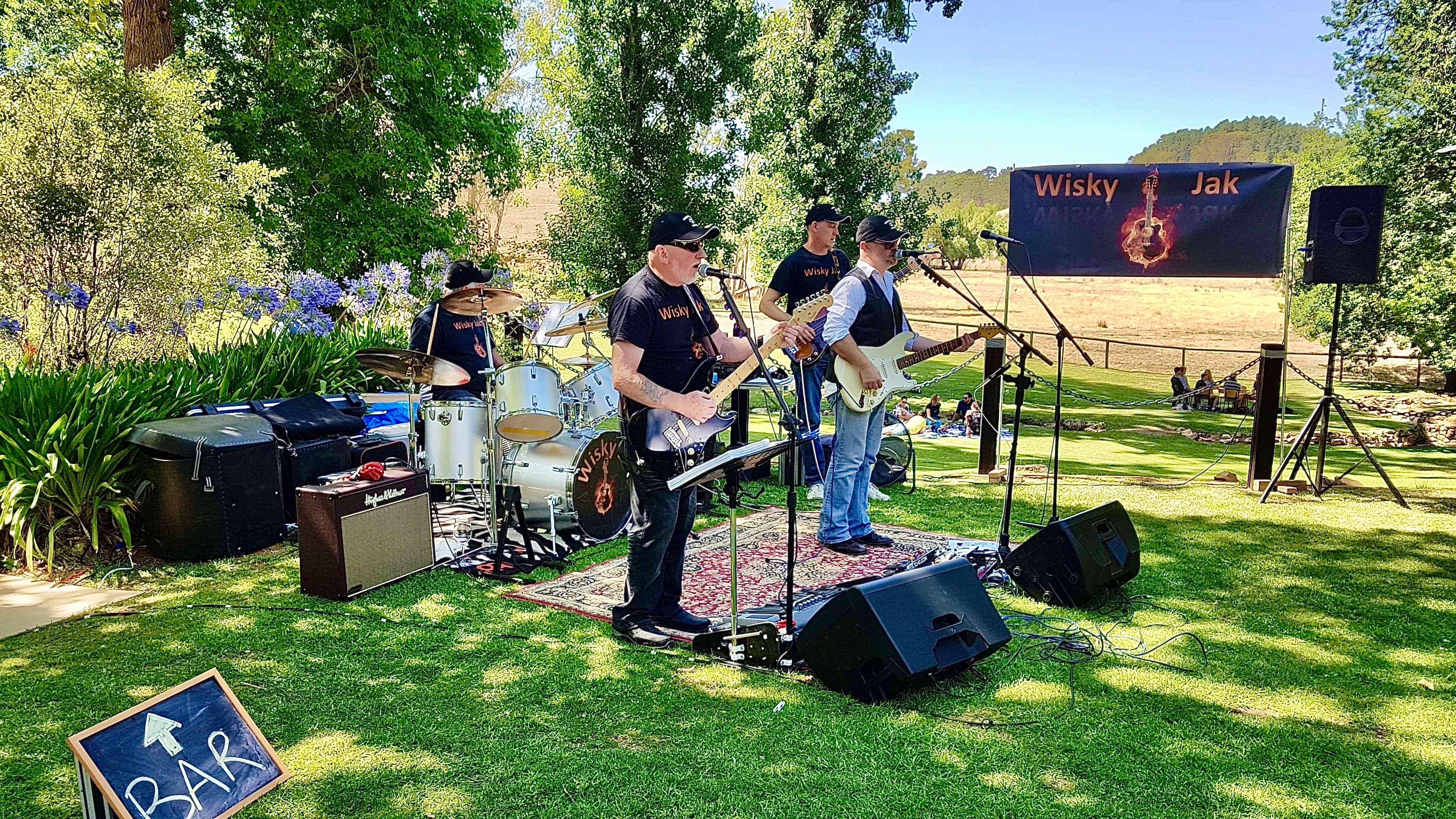 Angas Plains Wines Live in the Vines with the band -Wisky Jak - Accommodation Burleigh