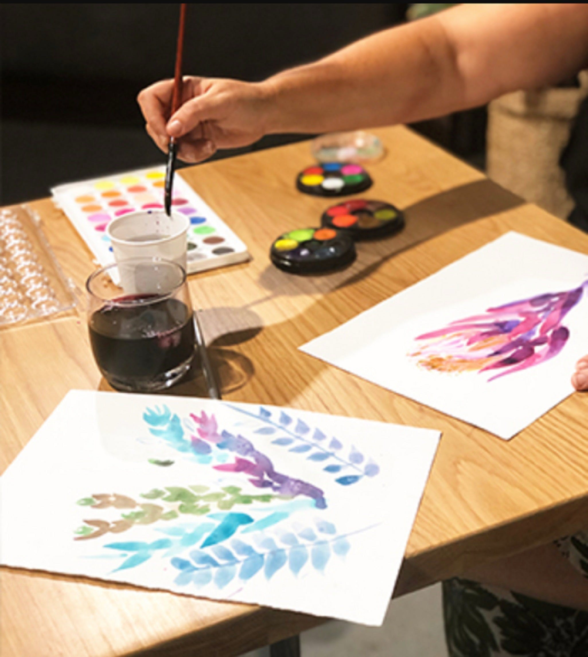 Paint and Sip Class Watercolour and Wine - Accommodation Burleigh