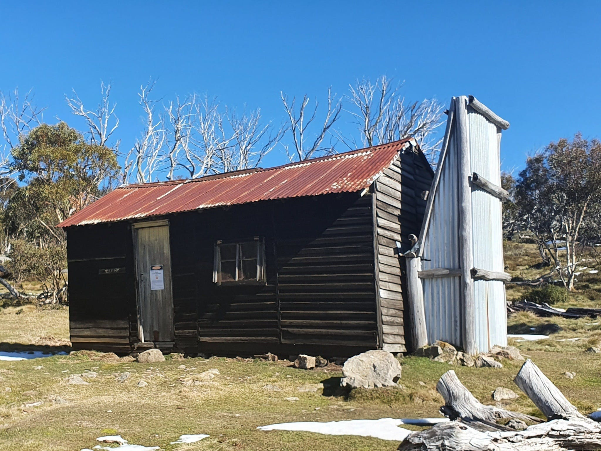 Hedonistic Hiking's Razorback to Harrietville - Accommodation Burleigh