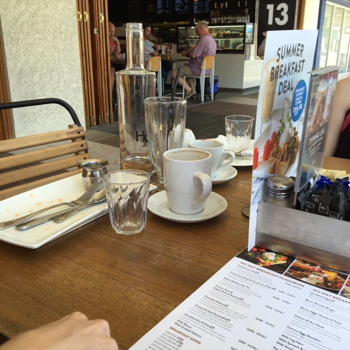 The Coffee Club - Grand Hotel - Gladstone - Accommodation Burleigh