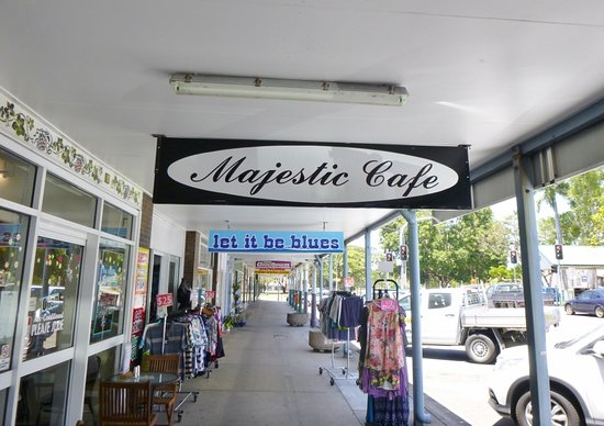 Majestic Cafe - Accommodation Burleigh