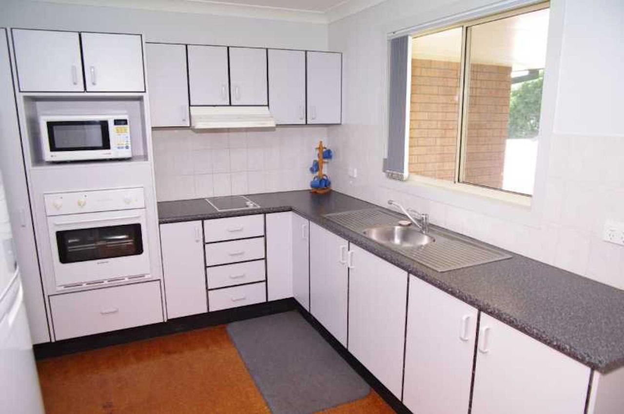 Bellhaven 1 17 Willow Street - Accommodation Burleigh
