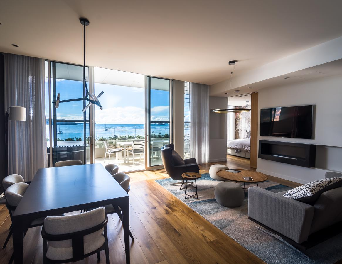 Promenade Penthouse Apartment - Accommodation Burleigh